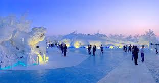 สถานที่เที่ยวชลบุรี ไปสัมผัสความหนาวเย็นที่ชลบุรี FROST Magical Ice Of Siam
